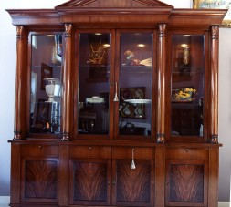 Beidermeir China Cabinet